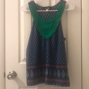 5/$25 Blue Rain sleeveless top size Small